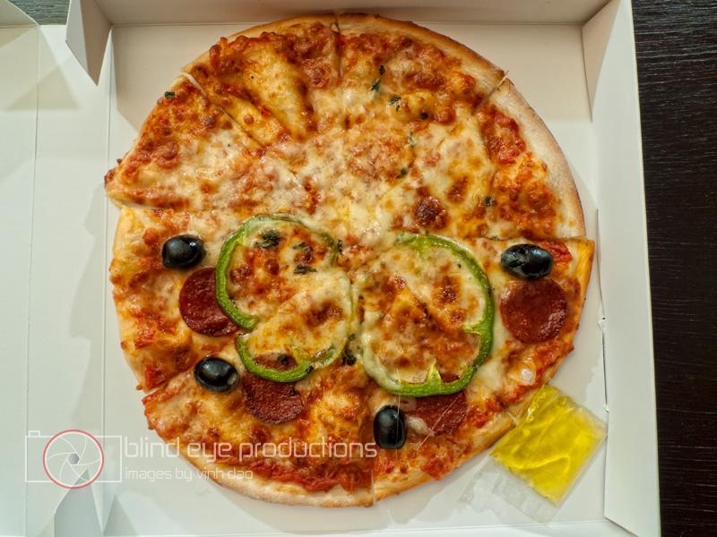la maison pizza free dlicieux cuisin la maison pizza au pepperoni banque duimages et photos. Black Bedroom Furniture Sets. Home Design Ideas
