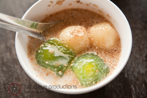 Two types of tapioca in coconut milk
