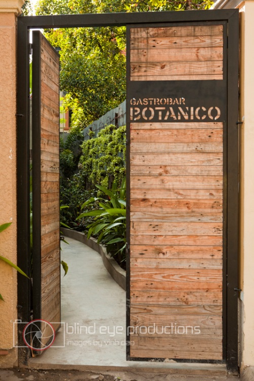 Entrance of Botanico